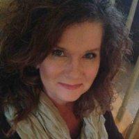 IDS-030 Kelly McMurry – Volunteering That Speaks to Her Heart